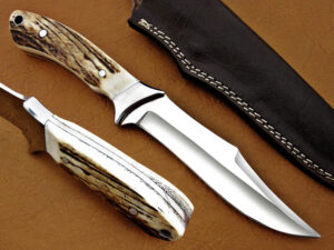 DAMASCUS D2 STEEL BLADE HUNTING KNIFE HANDLE MATERIAL DEER ANTLER OVERALL 9 INCH